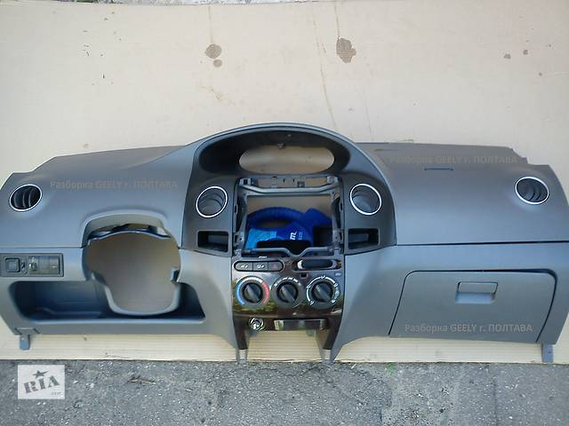 бу Б/у торпедо/накладка для легкового авто Geely MK в Полтаве