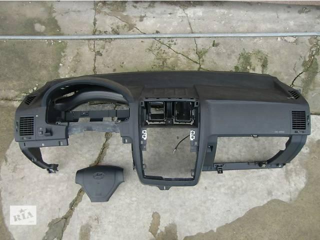 бу Б/у торпедо/накладка для легкового авто Hyundai Getz в Ровно