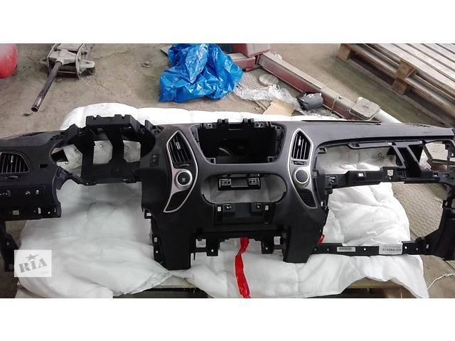 бу Б/у торпедо/накладка для легкового авто Hyundai IX35 в Тернополе