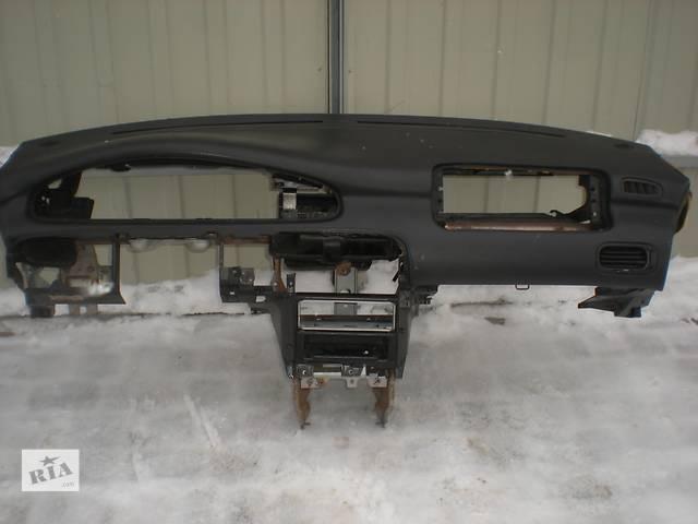бу Б/у торпедо/накладка для легкового авто Mazda 626 в Ивано-Франковске