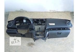 б/у Торпедо/накладка Mazda 6