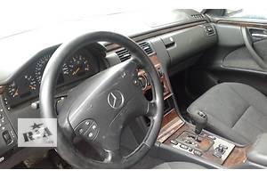 б/у Торпедо/накладка Mercedes E-Class