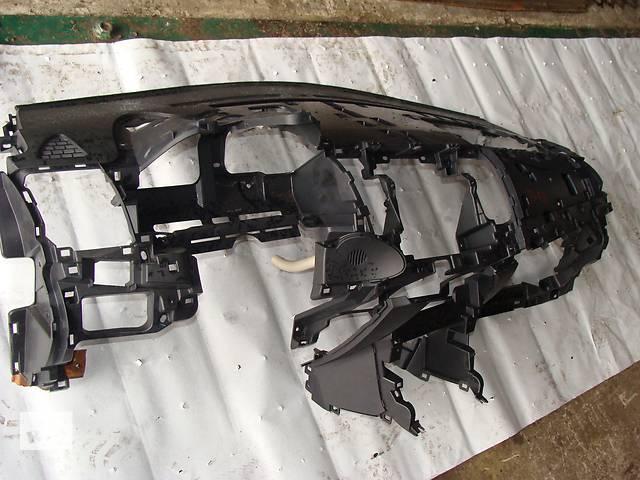 продам Б/у торпедо/накладка для легкового авто Mitsubishi Lancer X бу в Черкассах