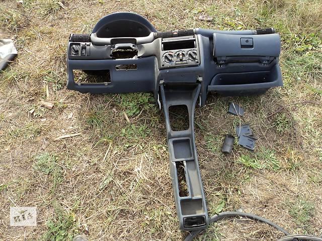 бу Б/у торпедо/накладка для легкового авто Opel Astra F в Шацке