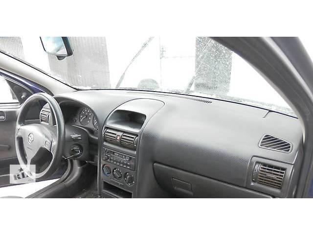 бу Б/у торпедо/накладка для легкового авто Opel Astra G в Киеве