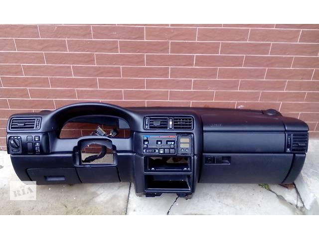 продам Б/у торпедо/накладка для легкового авто Opel Vectra A бу в Стрые