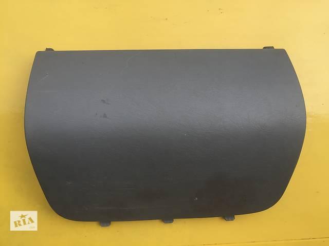 Б/у торпедо/накладка для легкового авто Renault Trafic 2007г.- объявление о продаже  в Ковеле
