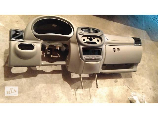 """продам Б/у торпедо/накладка для легкового авто ВАЗ 1118 """"КАЛИНА"""",ВАЗ 1117,ВАЗ 1119 бу в Умани"""