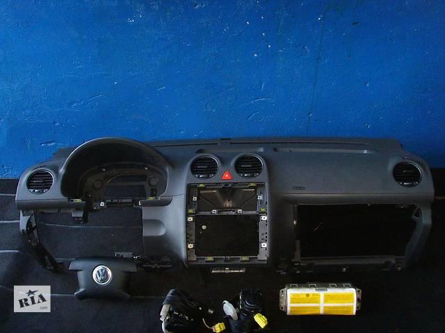 бу Б/у торпедо/накладка для легкового авто Volkswagen Caddy в Львове