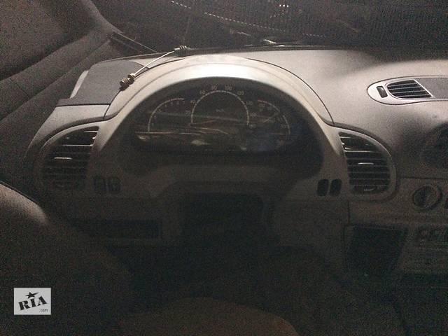 бу Б/у торпедо/накладка для микроавтобуса Mercedes Sprinter в Умани