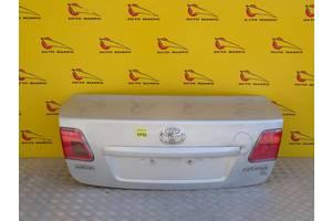 б/у Крышка багажника Toyota Avensis