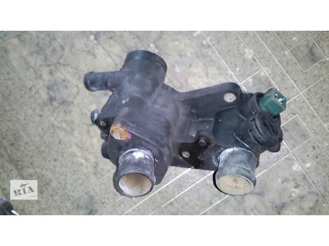 бу Б/у трубка охлаждения корпус термостата 033121111mn Volkswagen Golf IV №2355000 в Львове
