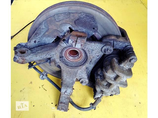 купить бу  Б/у цапфа (поворотный кулак) R16 с ABS Фиат Скудо Фіат Скудо Fiat Scudo III с 2007г. в Ровно
