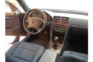 б/у Центральные консоли Mercedes C 220