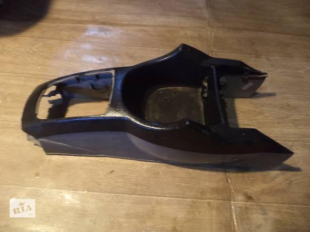 купить бу Б/у центральная консоль 96838280 для седана Chevrolet Lacetti 2007г в Николаеве