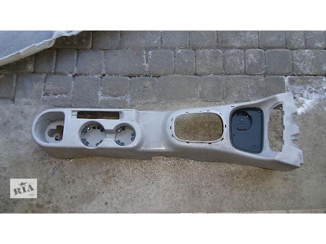 купить бу Б/у центральная консоль для легкового авто Hyundai Accent 2008 в Коломые