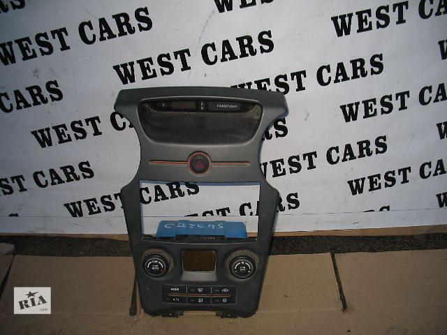 продам Б/у центральная консоль для легкового авто Kia Carens 2007 бу в Луцке