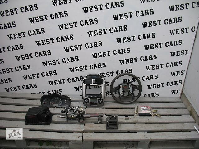продам Б/у центральная консоль для легкового авто Kia Cerato 2006 бу в Луцке