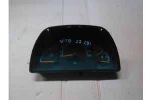 б/у Центральные консоли Mercedes Vito груз.