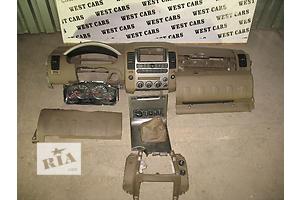 б/у Центральные консоли Nissan Pathfinder