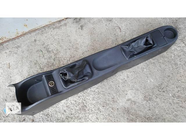 купить бу Б/у центральная консоль для легкового авто Opel Corsa С combo C в Умани