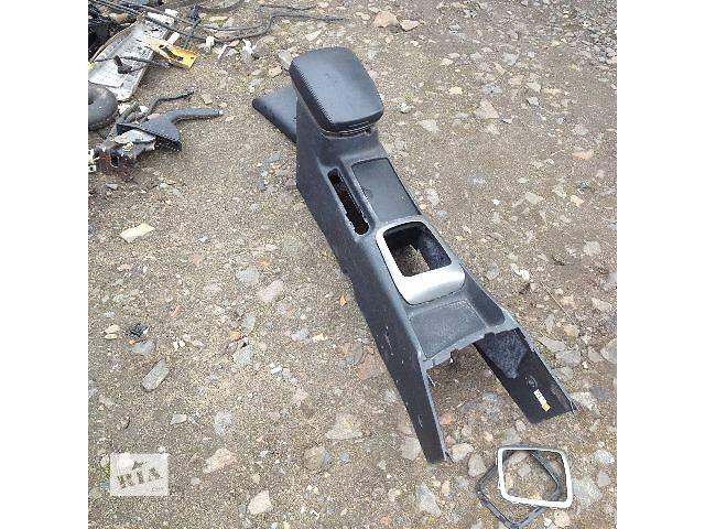 купить бу Б/у центральная консоль для седана Kia Magentis 2006-2009 р в Олевске