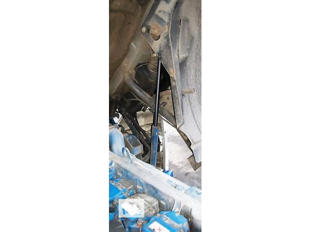 купить бу Б/у Цилиндр подъема кабины (підйому кабіни) МАН MAN TGA 18 480 Evro3 2003 в Рожище