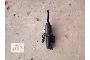 б/у Главные цилиндры сцепления Volkswagen Passat B7