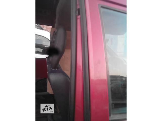 продам Б/у уплотнитель двери для легкового авто Citroen Jumpy бу в Радивилове