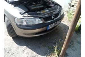 б/у Уплотнители крышки багажника Opel Vectra B