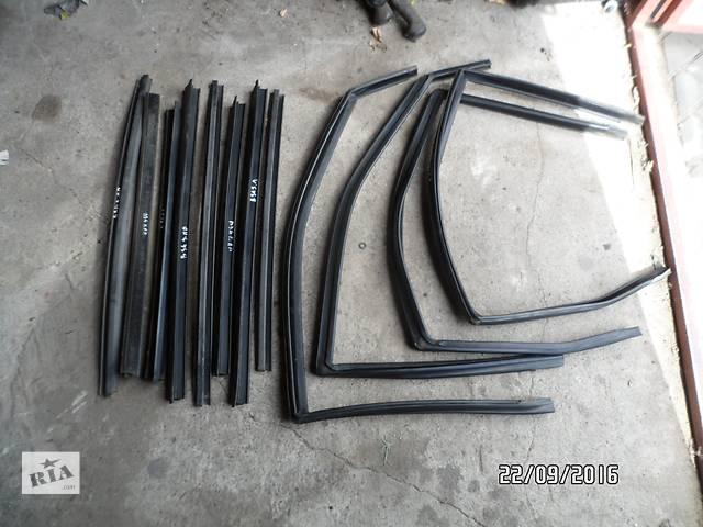 купить бу Б/у уплотнитель стекла двери(фетры) для легкового авто ВАЗ 2110,ВАЗ 2111,ВАЗ 2112 в Умани