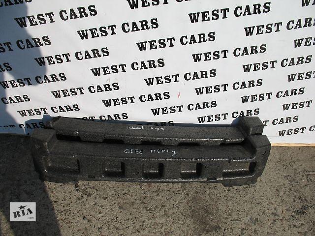 продам Б/у усилитель заднего/переднего бампера для легкового авто Kia Ceed 2008 бу в Луцке