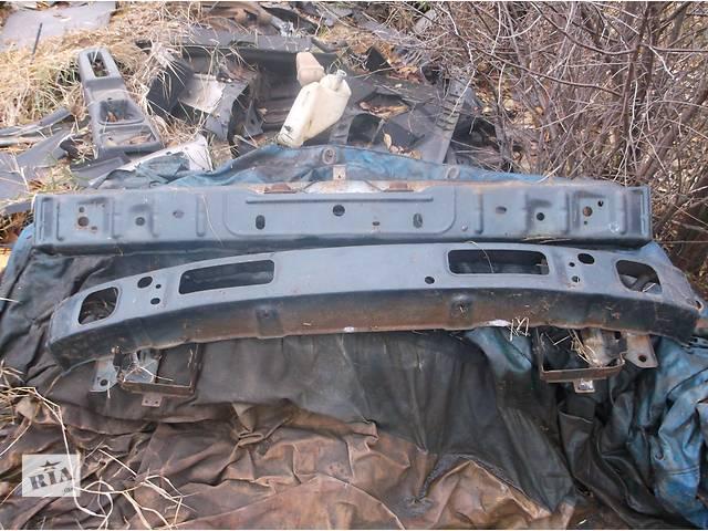 бу Б/у усилитель заднего/переднего бампера для седана Nissan Maxima в Киеве