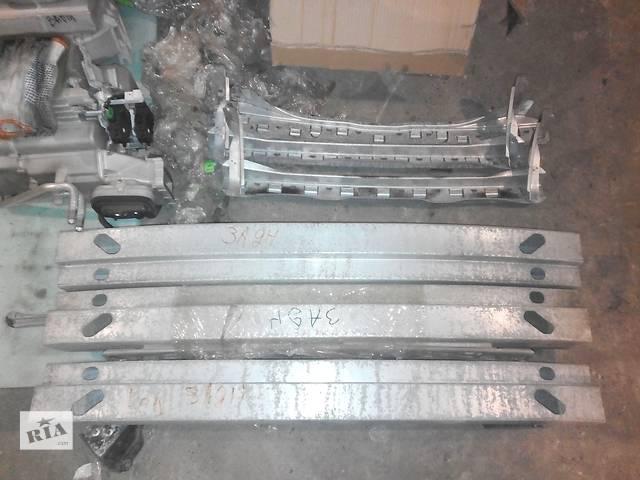 бу Б/у усилитель заднего/переднего бампера для седана Subaru Legacy в Днепре (Днепропетровске)