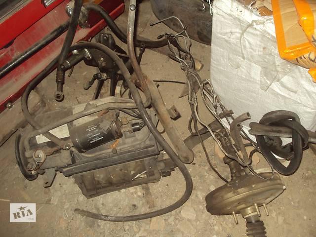 продам Б/у вакуумный насос для легкового авто Alfa Romeo 164 бу в Горишних Плавнях (Комсомольск)