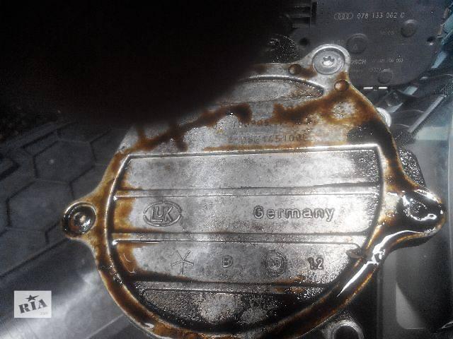 купить бу Б/у вакуумный насос для легкового авто Audi A6 2006 в Львове