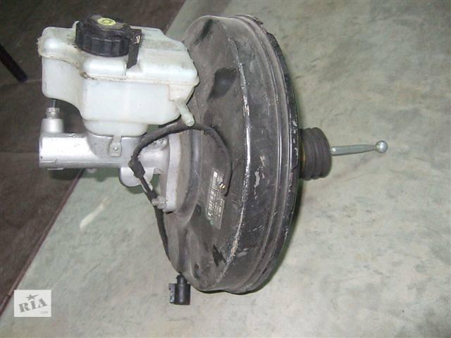 купить бу Б/у вакуумный насос для легкового авто Volkswagen Caddy разборка в Яворове (Львовской обл.)
