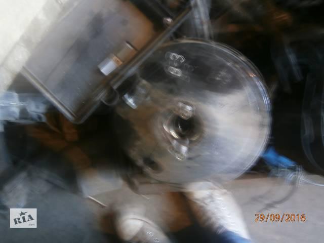 бу Б/у вакуумний насос для седана Audi B 4 в Львове