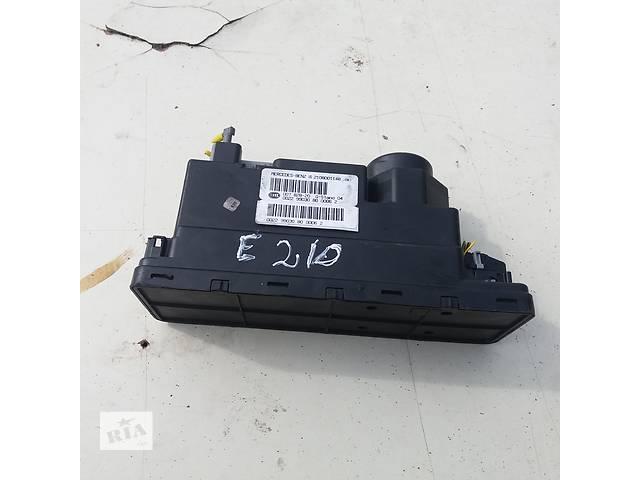 купить бу Б/у вакуумный насос центрального замка для Mercedes 210 в Ковеле