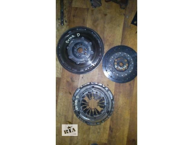 продам Б/у венец моховик (комп) зчеплення) Skoda Octavia Tour D №2276000 бу в Львове