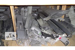 б/у Внутренние компоненты кузова Hyundai Elantra
