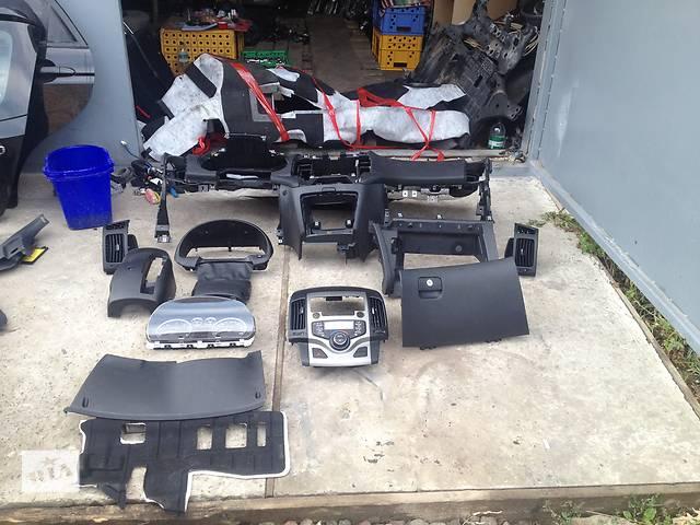 бу Б/у внутренние компоненты кузова для легкового авто Hyundai i30 2007-2010 р в Белогорье (Хмельницкой обл.)