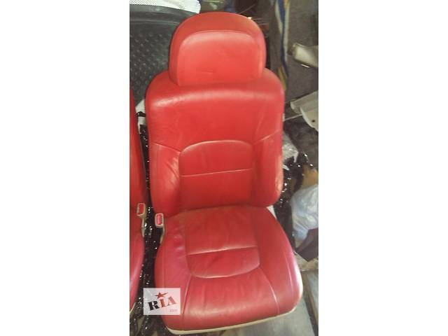 продам Б/у внутренние компоненты кузова для легкового авто Toyota Land Cruiser 200 бу в Киеве