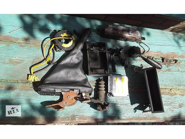 продам Б/у внутренние компоненты кузова для седана Chevrolet Aveo бу в Запорожье