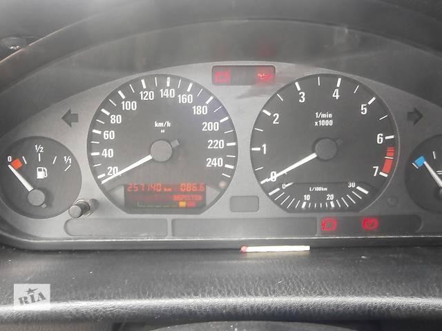 купить бу Б/у внутренние компоненты кузова для легкового авто Mercedes V-Class в Львове