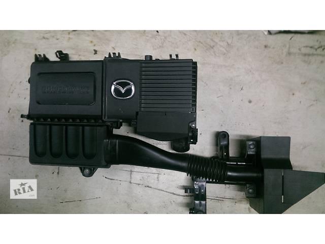 купить бу б/у Внутренние компоненты кузова Корпус воздушного фильтра Легковой Mazda 3 2003-08 в Киеве