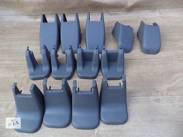 купить бу Б/у внутренние компоненты кузова накладки крепления сидений для кроссовера Lexus GX 470 2002-2009г в Киеве