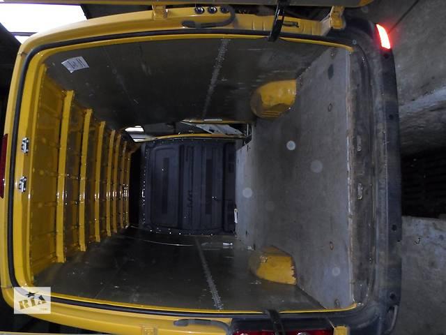 бу Б/у Внутренние компоненты Пол Підлога ориг. Volkswagen Crafter Фольксваген Крафтер 2.5 TDI 2006-2010 в Луцке