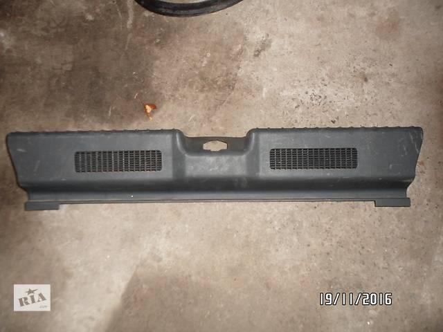 """продам Б/у внутренний порог багажника для легкового авто ВАЗ 1117""""КАЛИНА"""" бу в Умани"""