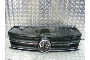 б/у Решётка радиатора Volkswagen Amarok